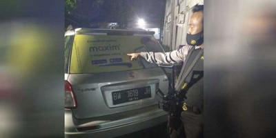 Aksi Polisi Koboi Tembak Cewek Open BO Berujung Pemecatan