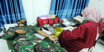 Jelang HUT Ke-20 Pasmar 2,  Prajurit Yonmarhanlan XIII Laksanakan Donor Darah
