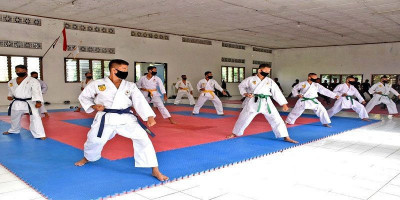 Asah Kemampuan, Prajurit Yonif 5 Brigif 2 Mar Pasmar 2 Latihan Beladiri Karate