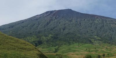 Pendakian Gunung Rinjani Dibuka 1 April, Terdapat 2 Jalur Baru
