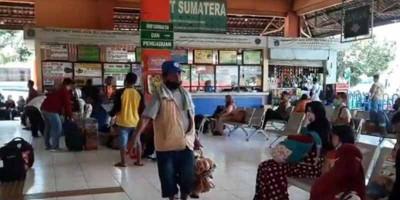 Jumlah Penumpang di Terminal Kampung Rambutan Meningkat
