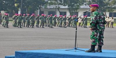 Komandan Brigif 2 Marinir Pimpin Apel Khusus