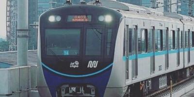 Penumpang MRT Diizinkan Buka Puasa di Kereta, Hanya Air Putih dan Kurma