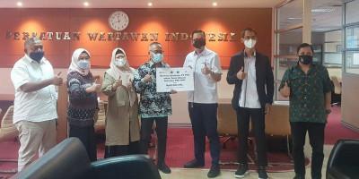 Berbagi Kebahagiaan di Bulan Ramadan, PPA Salurkan Paket Sembako untuk Anak Yatim, Duafa dan Keluarga Wartawan