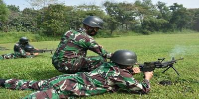 Tetap Berlatih Di Bulan Ramadhan, Yonif 2 Marinir Gelar Latihan Menembak SMR