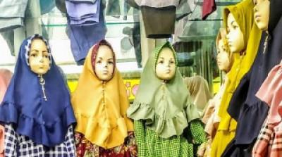 Gamis Anak Brand Miranda, Baju Muslim Anak Terlaris Tahun Ini