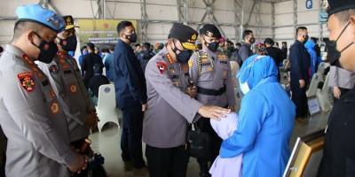 Kapolri Tawarkan Anak Prajurit KRI Nanggala 402 Bergabung di Kepolisian
