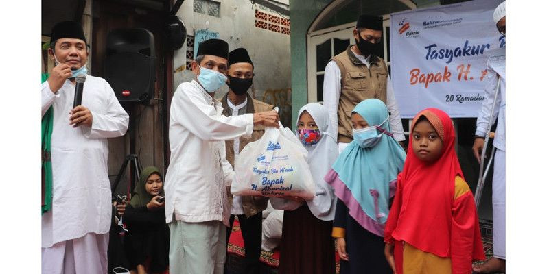 Tasyakur Bin Ni'mah: Melalui Bakrie Amanah, Aburizal Bakrie Berbagi untuk 500 Yatim dan Dhuafa