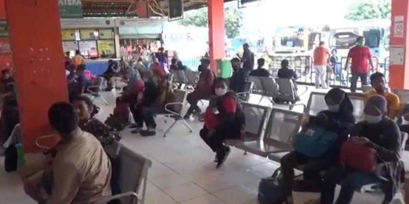 Terminal Kampung Rambutan Mulai Sepi, Penumpang yang Berangkat Cuma 344 Orang