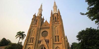 Muslim Masuk ke Gereja Jadi Polemik, Begini Kata Ketua MUI