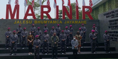 Kunjungi Marinir, Airlangga Hartarto Tegaskan Tugas Para Patriot Akan Selalu Dikenang Rakyat