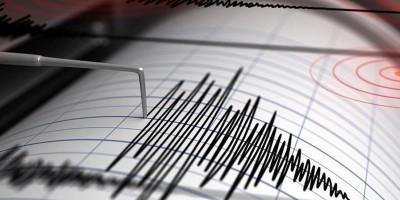 Gempa M 7,2 Guncang Nias Barat, Warga Panik Keluar Rumah