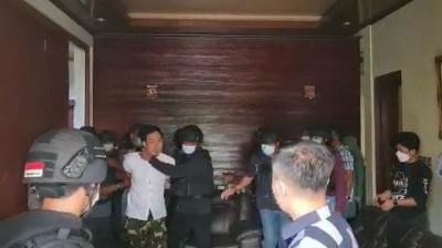 Polisi Dalami Keterlibatan Munarman dengan Jaringan Teroris Tertentu