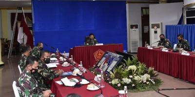 Pimpin Rapat Evaluasi PPKM Skala Mikro, Panglima TNI: Tingkat Kepatuhan Masyarakat Belum Optimal