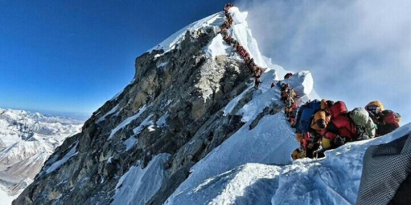 Tiga Orang Ini Pecahkan Rekor Pendakian Gunung Everest