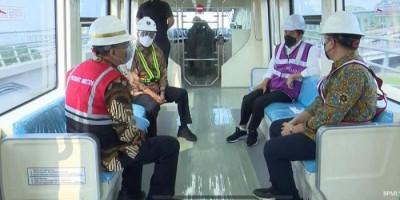 Tinjau LRT Jabodetabek, Jokowi Punya Harapan Besar