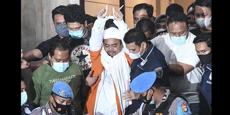 Habib Rizieq Bacakan Pledoi: Tuntutan Jaksa Terlalu Sadis dan Tidak Bermoral