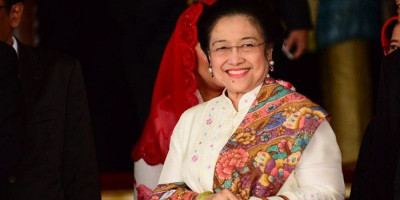 Resmi, Megawati Sandang Gelar Profesor