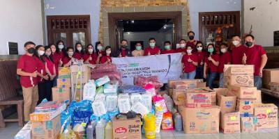 Siloam Hospitals Manado Berbagi Kasih dengan Panti Sosial dan Panti Asuhan