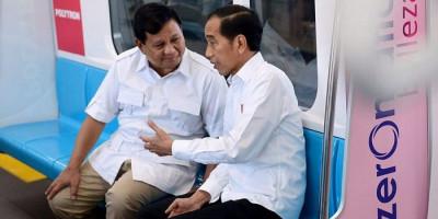 Muncul Wacana Diduetkan dengan Prabowo di Pilpres 2024, Jokowi: Tegak Lurus dengan Konstitusi