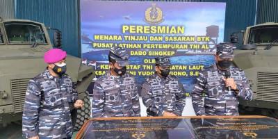 Kasal Resmikan Menara Tinjau dan Sasaran BTK Puslatpur TNI AL Dabosingkep