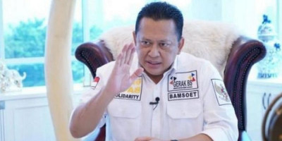 TKA China Masuk Indonesia Saat PPKM Darurat, Bamsoet Minta Dikarantina dan Dideportasi