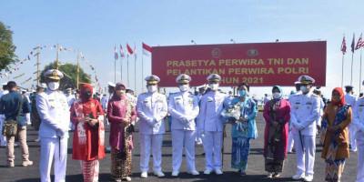 Dankormar Bersama Ketua PG Kormar, Hadiri Upacara Praspa TNI-Polri
