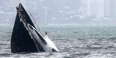 Cuaca Buruk, 14 Kapal Motor Milik Nelayan Tenggelam di Kalbar