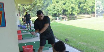 Wadan Kormar Ajak Pejabat Utama Laksanakan Olahraga Golf