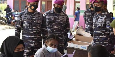 Rangkul Puskesmas Remu, Korps Marinir Kembali Gelar Serbuan Vaksinasi di Kota Sorong