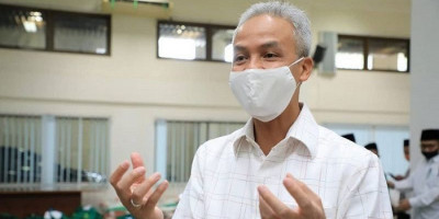 Eksistensi Ganjar Pranowo di Tengah Serbuan Baliho, Melesat Tinggalkan Puan Maharani
