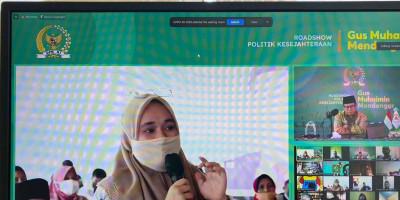 Sambil Tahan Isak Tangis, Ibu di Sultra Curhat Beratnya Beban Pendidikan di Masa Pandemi