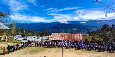 Akhirnya Para Pelajar di Intan Jaya Dapat Rayakan HUT ke 76 RI Tanpa Rasa Takut
