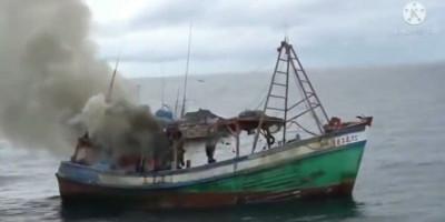 Viral Video PSDKP Tembak Kapal Ikan Vietnam hingga Tenggelam di Laut Natuna