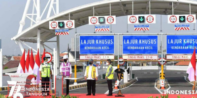 Presiden Jokowi Resmikan Ruas Jalan Tol Kelapa Gading-Pulo Gebang