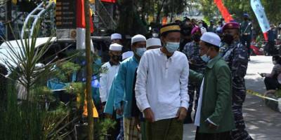 Korps Marinir TNI AL Ajak Para Santri Ponpes Al Istiqomah Bogor Ikuti Serbuan Vaksin