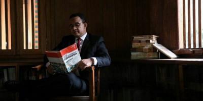 Pria Hina Anies dengan Kalimat Tak Senonoh Viral, Gus Umar: Coba ke Pak Jokowi, Pasti Langsung Diciduk