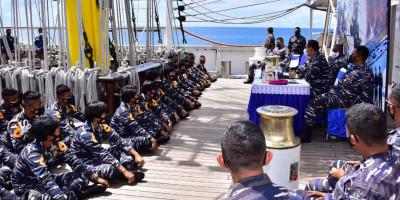 Komandan Pasmar 3 Beri Pembekalan Taruna AAL Angkatan LXVIII di Raja Ampat