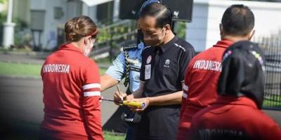 Jokowi Serahkan Bonus untuk Para Atlet dan Pelatih Paralimpiade Tokyo 2020, Lihat Jumlahnya