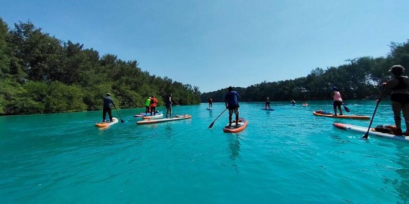 Journey Stand Up Paddle Mengunjungi Pulau Air