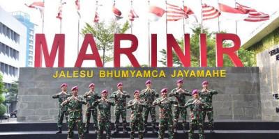 11 Perwira Terbaik Korps Marinir Selesaikan Pendidikan Di Sesko TNI