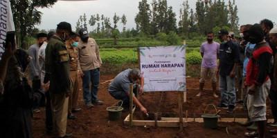 Kolaborasi Bakrie Amanah dan Baitulmaal Muamalat: Hadirkan Rumah Harapan untuk Negeri di Kampung Cipetir