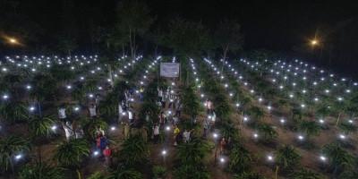 Kucurkan Rp1,25 Miliar, PLN Gratiskan Biaya Sambung Listrik ke 1.373 Keluarga di Desa Terpencil NTT