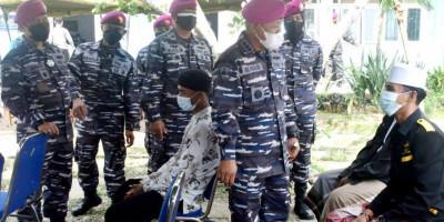 Operasi Serbuan Vaksinasi Marinir, Manjakan Masyarakat Madiun