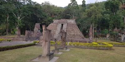 Dua Candi di Indonesia ini Mirip Piramid Suku Aztec Mexico dan Suku Maya Peru