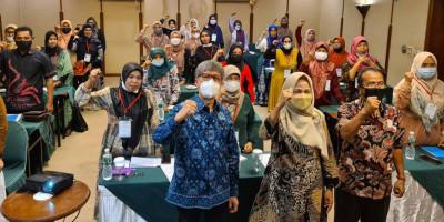 Pelatihan Vokasional Usaha Mikro di Sektor Perikanan dan Peternakan