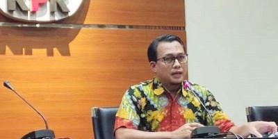 OTT KPK di Kuansing Terkait Izin Perkebunan, Bupati dan Ajudan Diamankan