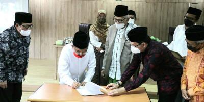 DMI Serahkan Bantuan Rp1 M untuk Pembangunan RS Indonesia Hebron