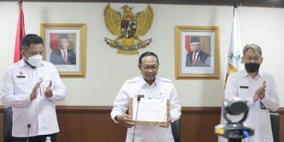 Sekjen DPD RI Canangkan Gerakan Nasional Sadar Tertib Arsip